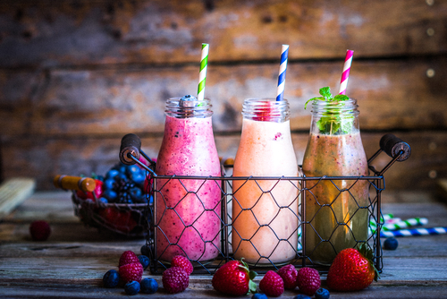 Healthy drinks with fresh fruit